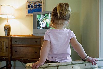 电视是否会伤害宝宝的大脑
