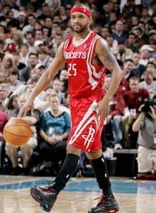 姚明/诺里斯是姚明在NBA中的另一个好朋友。他在火箭打球时做过姚明...
